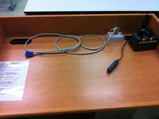 Standard VGA connector for presenter